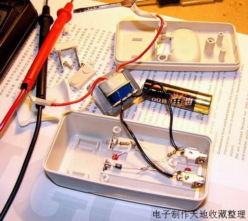 采用实时时钟芯片ds1302+at89c2051的红外遥控led电子钟 用户: