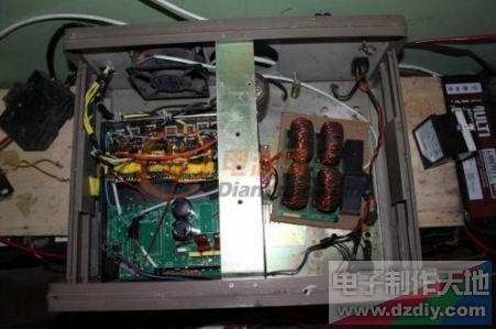 场管2907推免逆变器电路图